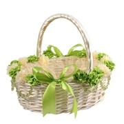 Оформление подарочных корзин к 8 марта.Подарочная корзина с декором